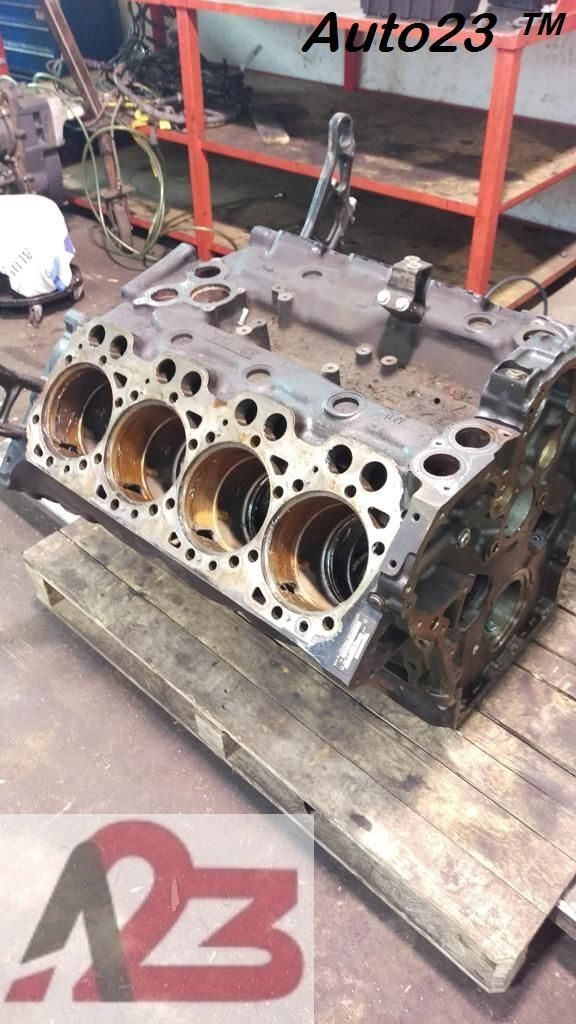 blocco cilindri LIEBHERR D28 E5 Crankcase MAN V8 (D2868LF) per escavatore